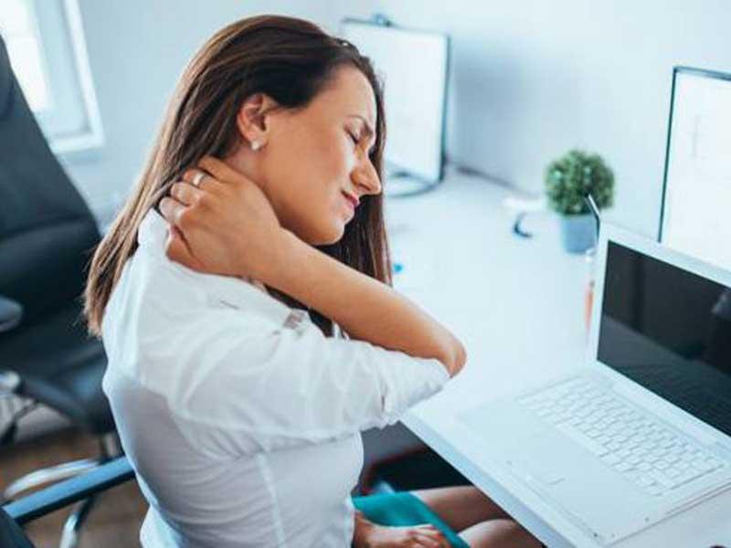 lavoro-sedentario-dolori-alla-schiena-osteopata-giorgio-germano-milano