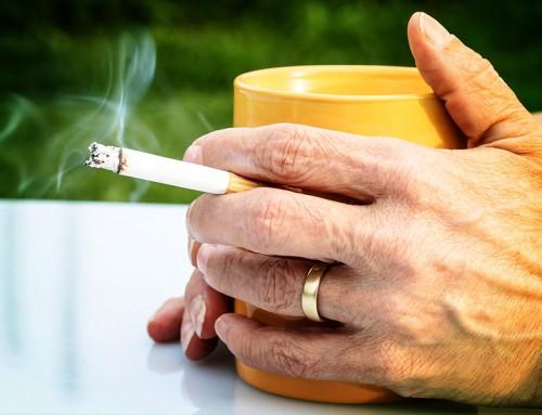 STARE SEDUTI È COME AVERE UNA DIPENDENZA DAL FUMO!